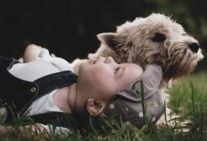 фото: С какого возраста дети могут гулять с собакой?